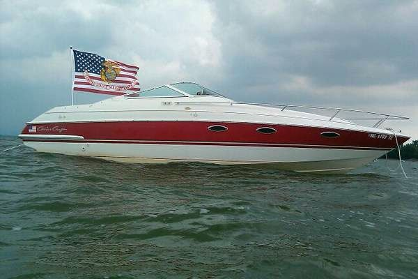 1992 used chris craft 258 concept express cruiser boat for for Chris craft express cruiser for sale