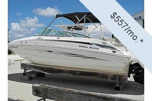 "Deck Boats | 2011 24'0"" Sea Ray 240 Sundeck"