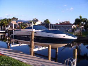 "Deck Boats | 2007 24'0"" Sea Ray 240 Sundeck"