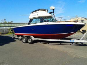 "Sports Fishing Boats | 1975 27'0"" Sea Ray 24 SRV Flybridge"