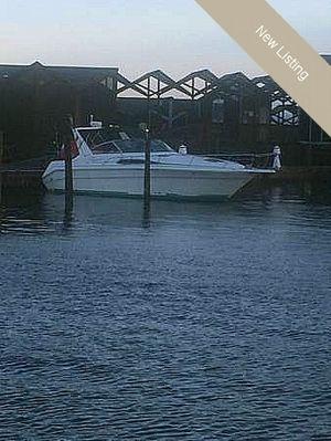 "Express Cruiser | 1990 31'0"" Sea Ray 310 Sundancer"