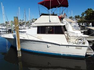 Sports Fishing Boats | 1984 32' Trojan F-32