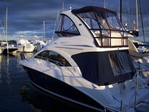 "Pilothouse | 2009 37'0"" Sea Ray 370 Sedan Bridge"