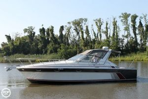 Express Cruiser | 1984 37' Trojan 11M International