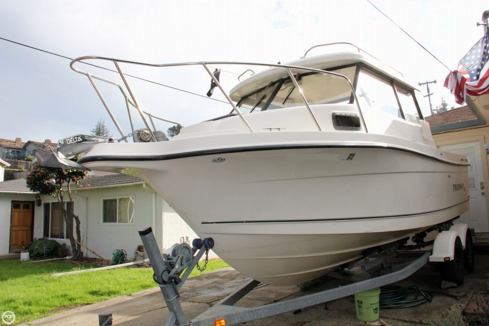 2004 23 39 0 trophy 2359 pilot house for sale in san pablo for Pilot house fishing boats