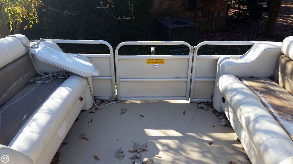 Pontoon boats for sale in cornelius nc 28031