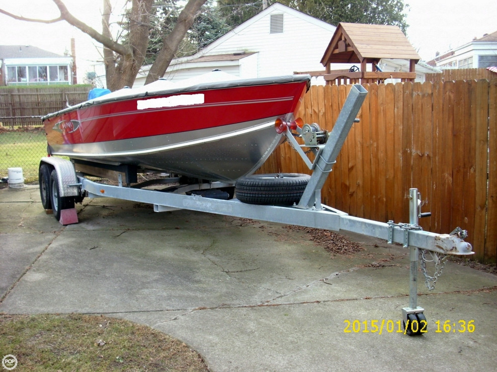 2013 used lund 2000 alaskan tiller aluminum fishing boat for Used fishing boats for sale in michigan