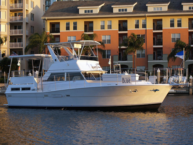1977 43 39 viking double cabin motor yacht for sale in tampa for Viking 43 double cabin motor yacht