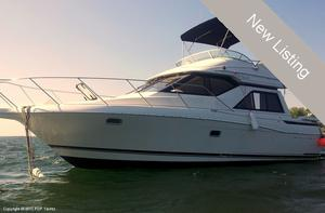 "Express Cruiser | 1995 30'0"" Bayliner 3258 Avanti Command Bridge"
