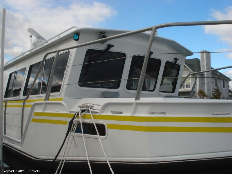 2009 34 39 0 aluminum chambered boats 3400 expedition cabin for Aluminum boat with cabin for sale