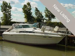 "Express Cruiser | 1983 36'0"" Sea Ray SRV360"