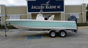 New Robalo 226 Cayman Bay Boat For Sale