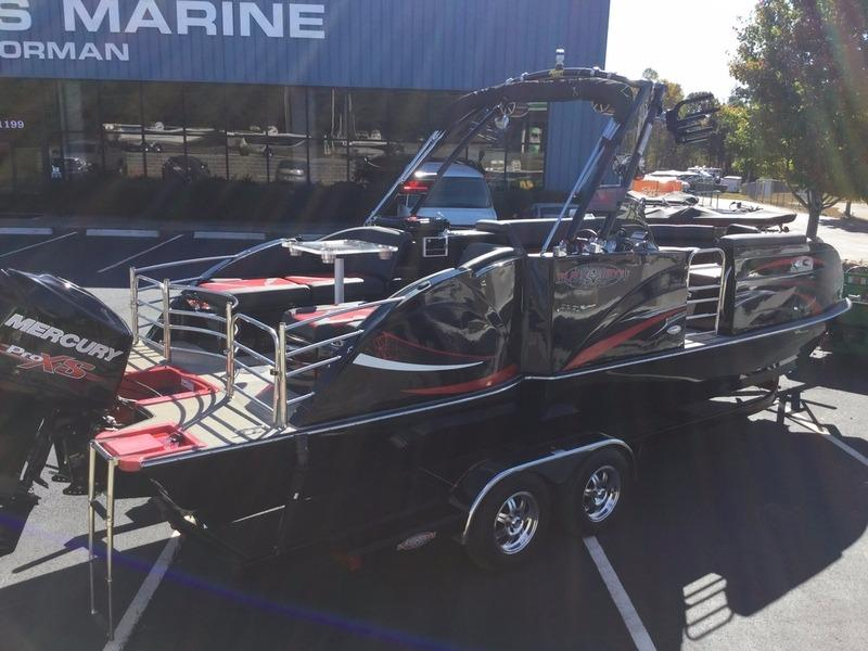 2015 Used Caravelle Razor Black Widow Pontoon Boat For