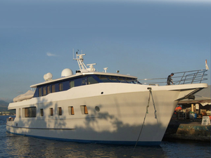 Used Custom Expedition Vessel Cruiser Boat For Sale