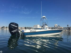 Used Triton 240 LTS Center Console Fishing Boat For Sale