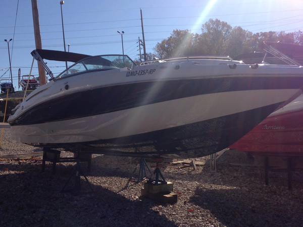 Used Hurricane 2600 Deck Boat For Sale