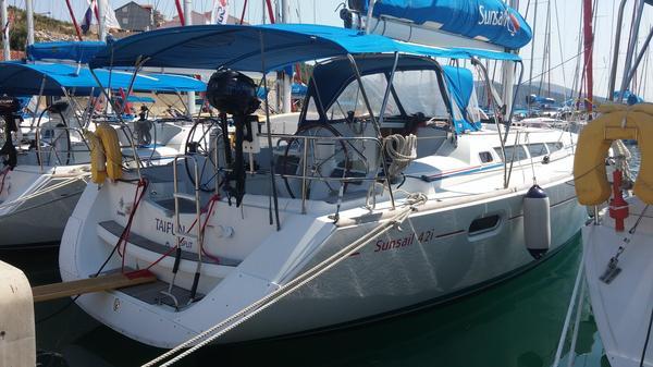 Used Jeanneau Sun Odyssey 42I Sloop Sailboat For Sale