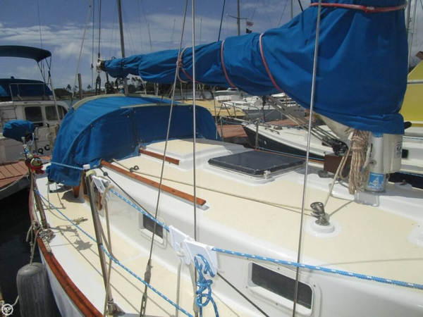 Used Cape Dory 28 Sloop Sailboat For Sale