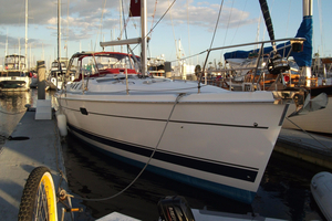 Used Hunter 46 LE Racer and Cruiser Sailboat For Sale