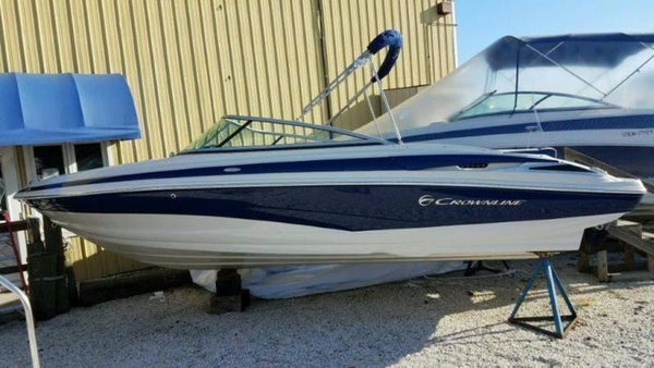 New Crownline 215 SS Bowrider Boat For Sale