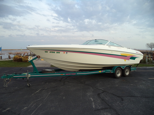 Used Powerquest 260 LEGEND XL Bowrider Boat For Sale