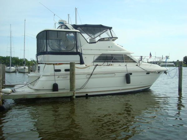 Used Cruisers Yachts 3650 Aft Cabin Aft Cabin Boat For Sale
