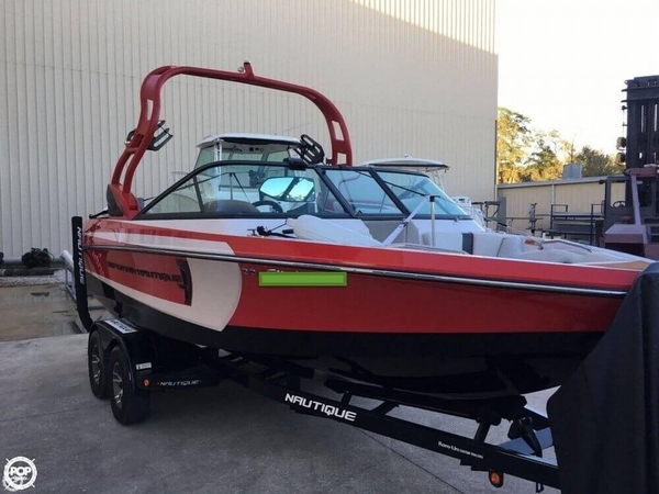 Used Nautique 21 Super Air Nautique Ski and Wakeboard Boat For Sale