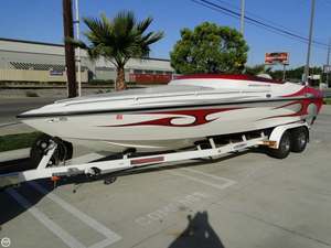 Used Shockwave 25 Tremor Mid Cabin Open Bow High Performance Boat For Sale