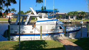 Used Marine Trader 40 Sundeck Trawler Boat For Sale