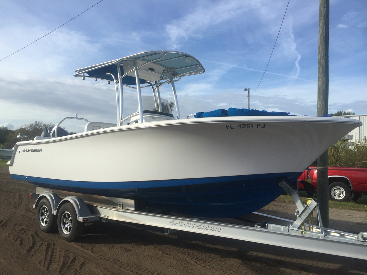 2012 used sportsman boats 231 heritage center console for Used center console fishing boats for sale