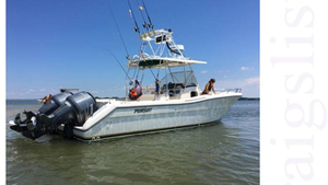 Used Pursuit 3070 Center Console Saltwater Fishing Boat For Sale