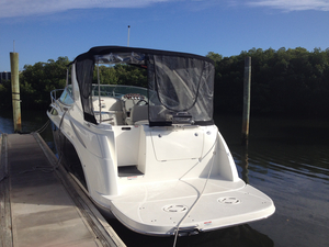 Used Bayliner 315 EXPRESS Cruiser Boat For Sale