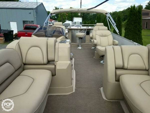 Used Sylvan Mandalay 8525 Bar Pontoon Boat For Sale