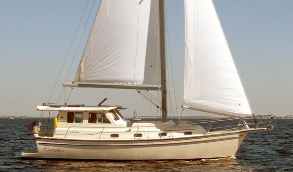 Used Island Packet SP Pilothouse Cruiser Sailboat For Sale