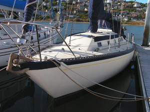 Used Islander Yachts 36 Sloop Sailboat For Sale