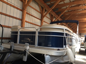 Used Bennington 21 SL Pontoon Boat For Sale