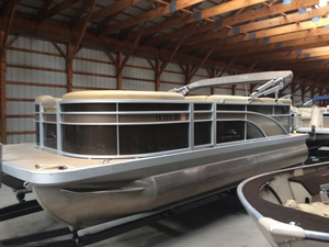 Used Bennington 20SLX Pontoon Boat For Sale