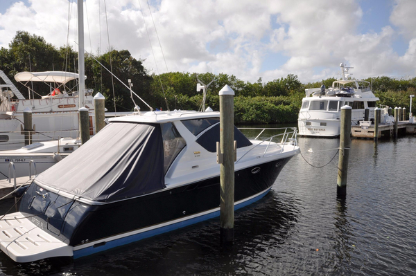 Used Tiara 3000 Open Express Cruiser Boat For Sale
