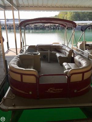 Used Encore Boat Builders Bentley 200 Cruise SE Pontoon Boat For Sale