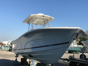 Used Regulator 28 Forward Seating Saltwater Fishing Boat For Sale