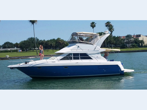 Used Cruisers Yachts 3580 Motor Yacht For Sale