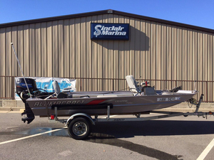 Used Alumacraft Crappie Deluxe Freshwater Fishing Boat For Sale