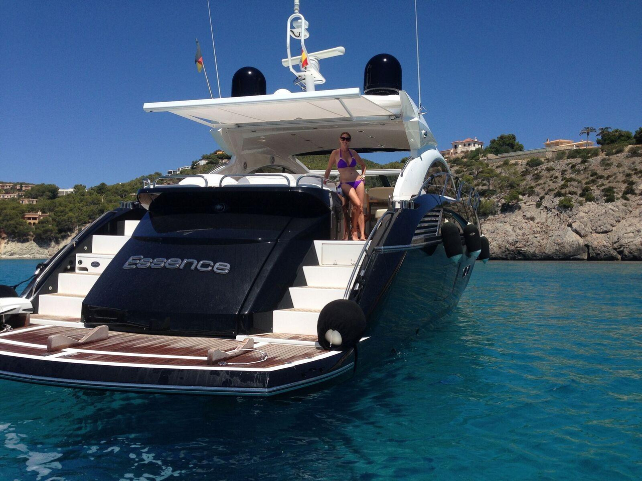 2010 used sunseeker predator 60 motor yacht for sale for Motor yachts for sale in florida