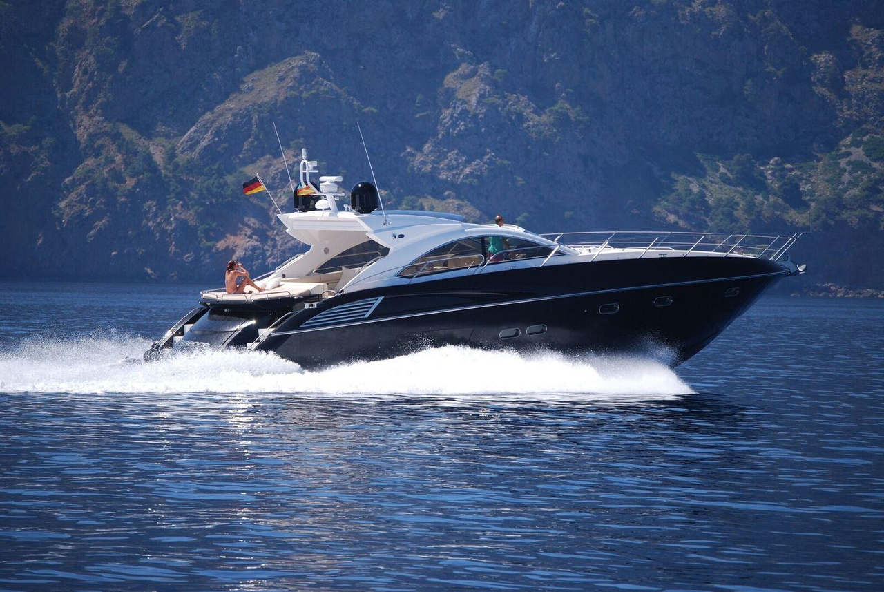 2010 used sunseeker predator 60 motor yacht for sale for Used motor yacht for sale