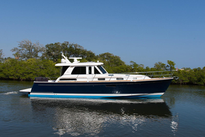 Used Sabre 48 Salon Express Cruiser Boat For Sale