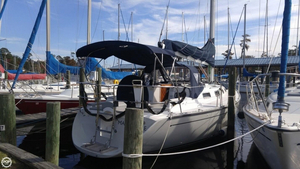 Used Freedom Yachts 35 Sloop Sailboat For Sale