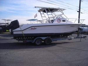 Used Angler 2500 Walkaround Fishing Boat For Sale