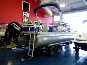 Used Sun Tracker Party Barge 22 DLX XP3 Pontoon Boat For Sale