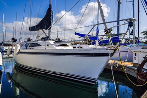 Used Canadian Sailcraft 30 Sloop Sailboat For Sale