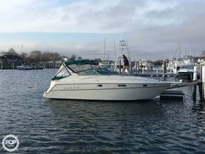 Used Maxum 32 SCR Express Cruiser Boat For Sale